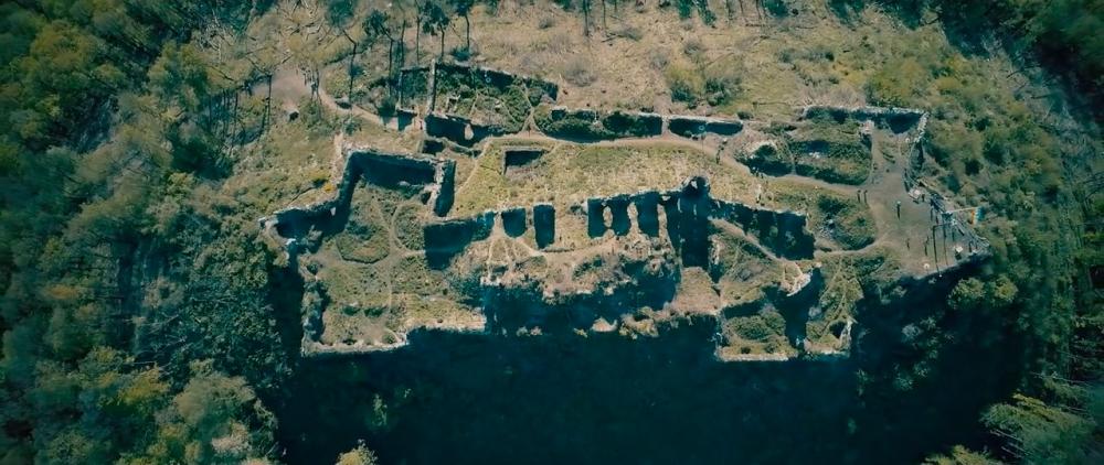 Castle-ruins-of-Khust-10.jpg