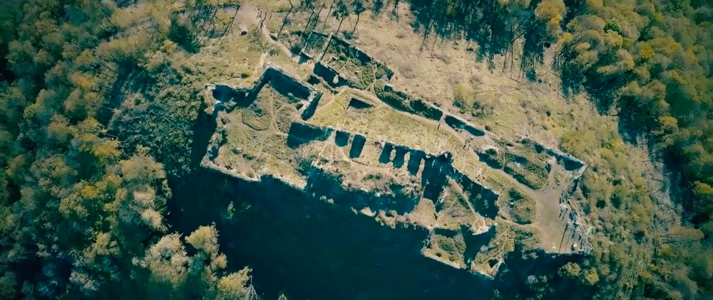 Castle-ruins-of-Khust-11.jpg